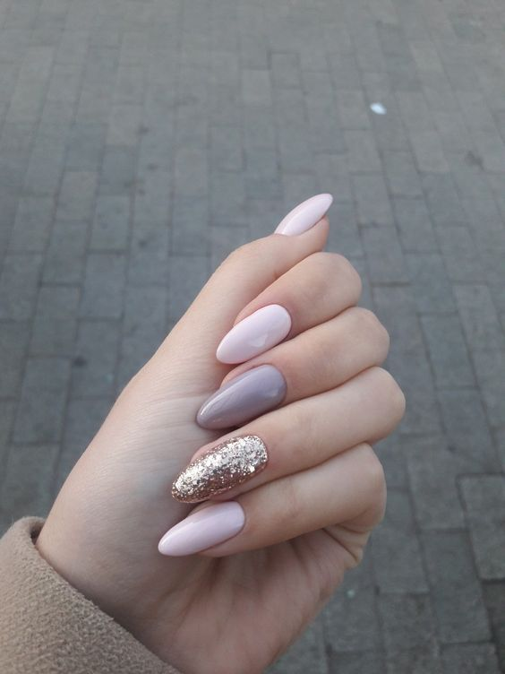 light pink, mauve and gold frozen nails