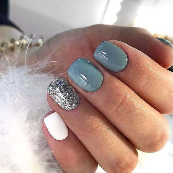 blue white and silver frozen nails