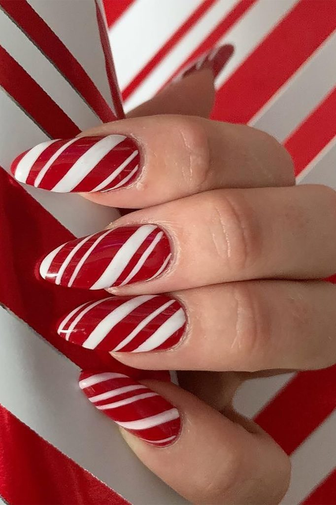 Candy cane nails full look